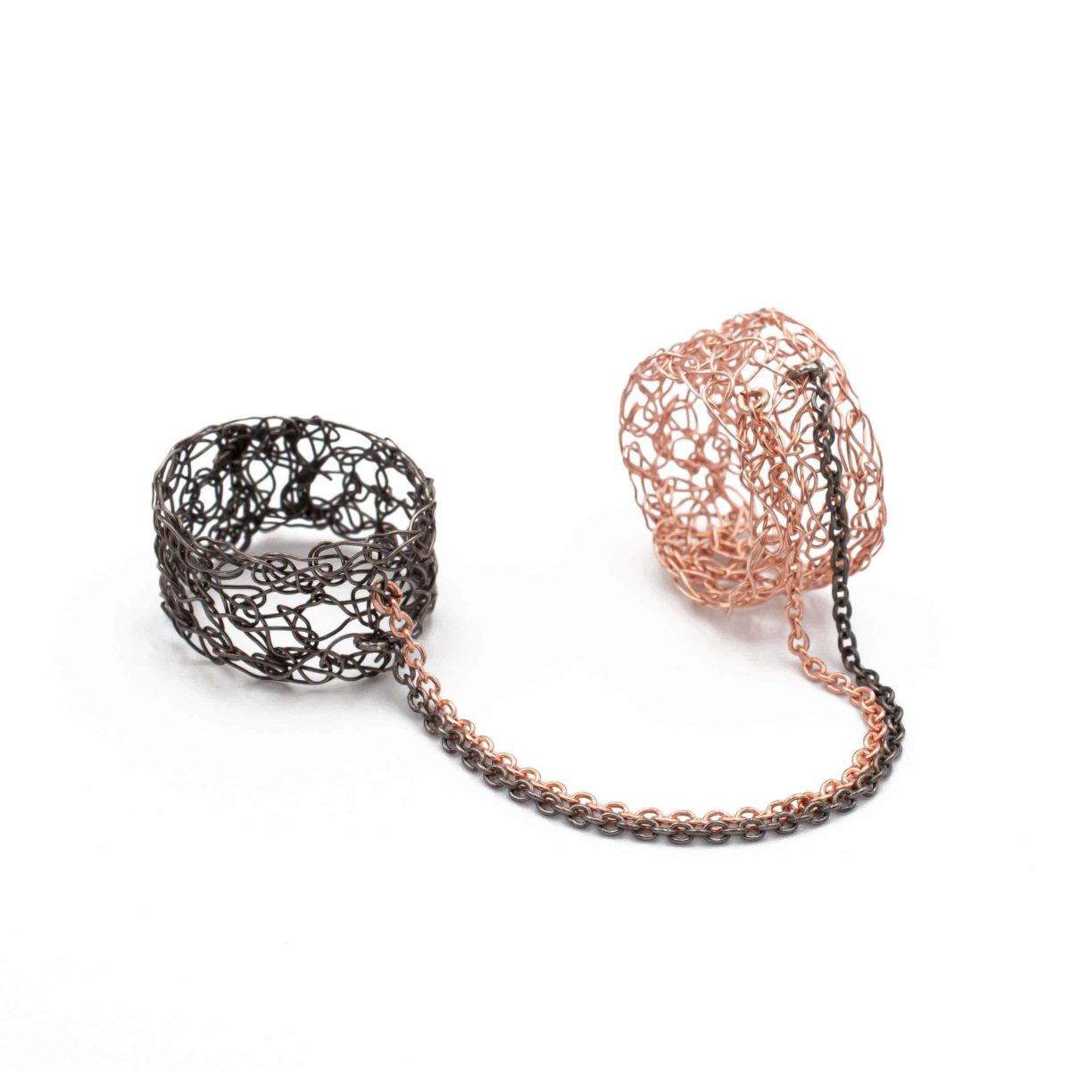rose gold double finger ring