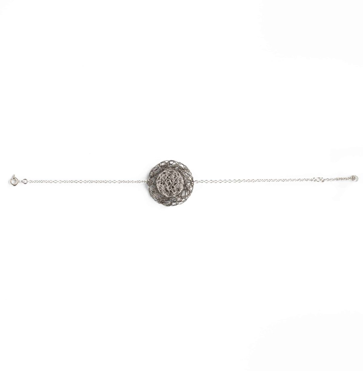 round charm bracelet in silver color