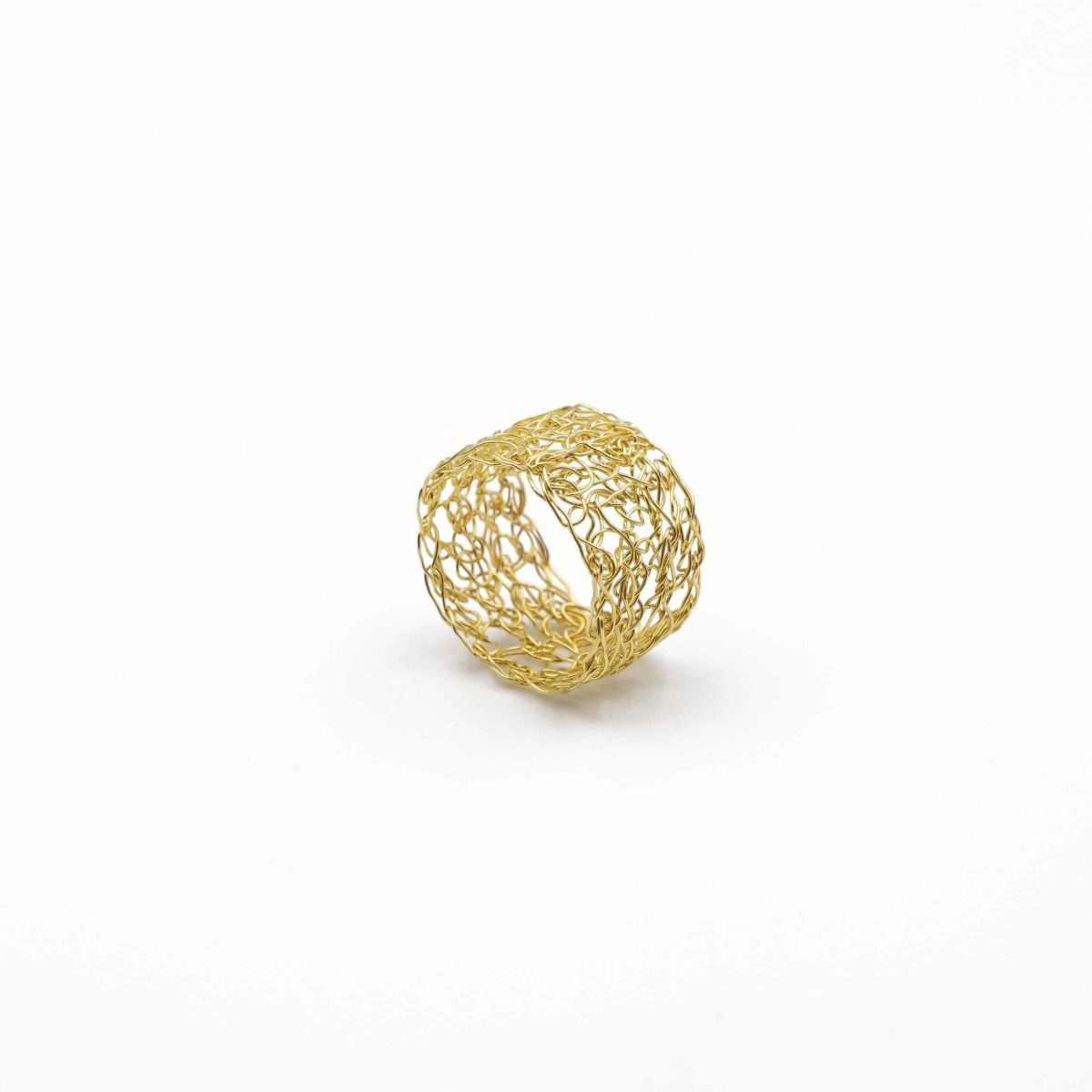 adjustable 18ct yellow gold band ring